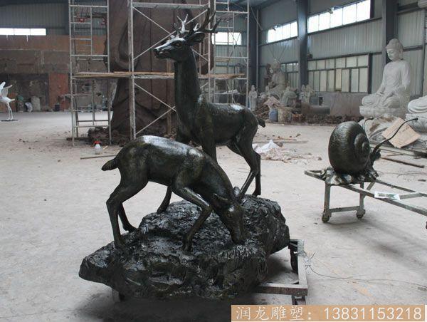 价格便宜的玻璃钢仿铜鹿雕塑