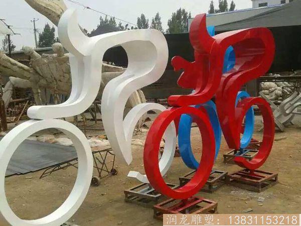 骑车人物雕塑
